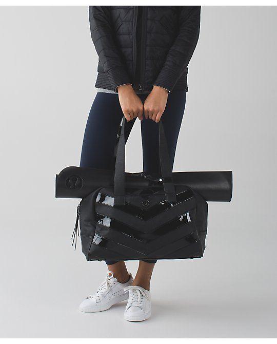 Porta la borsa della palestra in ufficio - lululemon.com